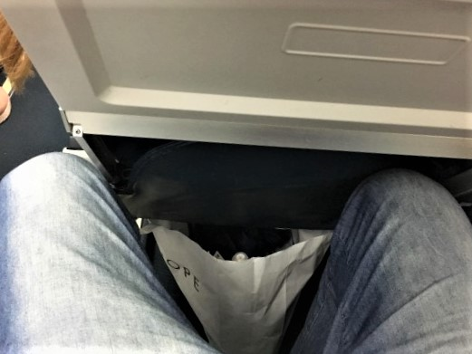 Air Malta spazio gambe con sedile reclinato